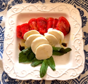 With just a quick stop at the market, a caprese salad can be created in just minutes.